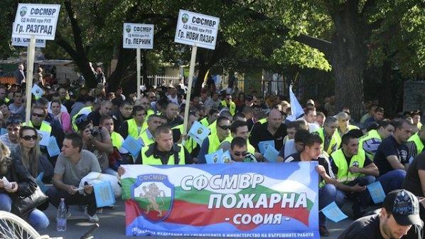 Полицаите започват поредица от протести от  5 юли